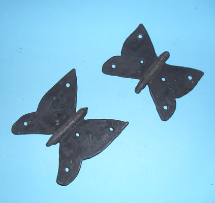 'Butterfly' hinges - for customers who have an eye for detail