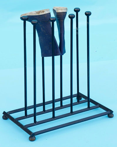 Boot stand - 4 pairs - very solid and secure