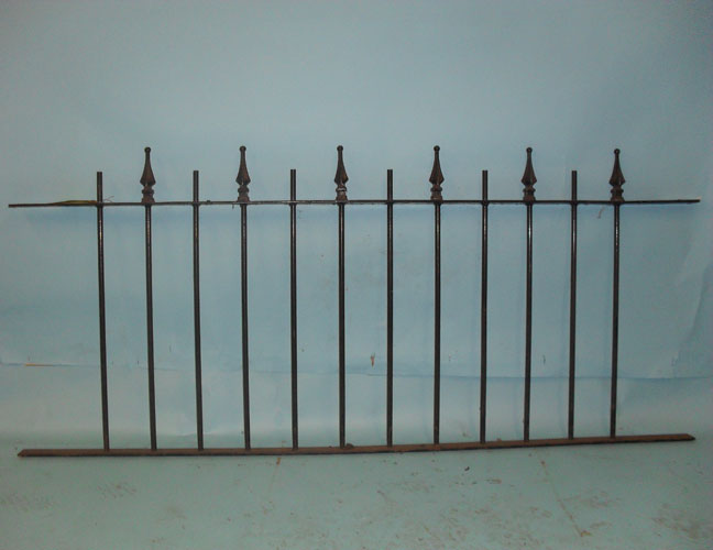 Railings with three dimensional finials